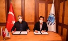Tuzla Belediyesi'nde çalışanların yüzü güldü