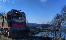 Çöken tren yolu tamir edildi