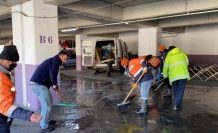 Devrek Belediyesinden pazar alanındanlar temizliği