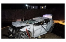 Bursa'da inşaat alanına devrilen otomobildeki 2 kişi yaşamını yitirdi