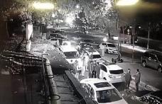 Beyoğlu'nda restoranın önünde bekleyenlere yapılan saldırı kamerada: 1 ölü, 4 yaralı