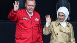 Recep Tayip Erdoğan TEKNOFEST sonrasında BMC tarafından yerli olarak üretilen pikap aracı Atatürk Havalimanı'nda denedi