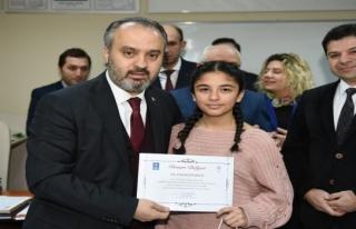 Aktaş'tan öğrencilere 'teknoloji bağımlılığı'...