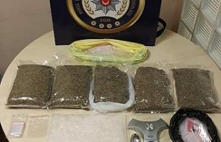 Bursa polisinden uyuşturucu satıcılarına şafak...