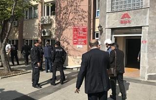 Bursa'da kaymakamlıkta yangın paniği
