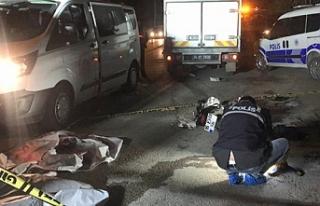 Bursa'da motosiklet ile hafif ticari araç çarpıştı...