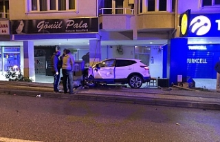 Bursa'da akılalmaz kaza! Direksiyon hakimiyetini...