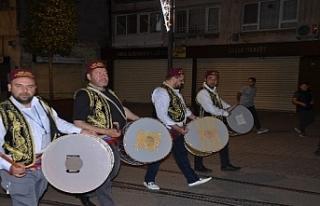 Bursa'da ramazan davulcuları ilk mesaisine başladı