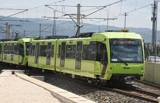 Bursa'da Toplu taşımada öğrenci zammı geri...