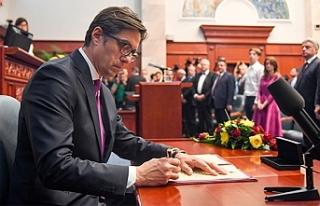 Kuzey Makedonya'nın yeni Cumhurbaşkanı görevi...