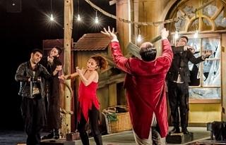 Nilüfer Belediyesi Kent Tiyatrosu Bulgaristan yolcusu