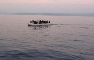 2 ayrı lastik botta kaçak göçmenler!