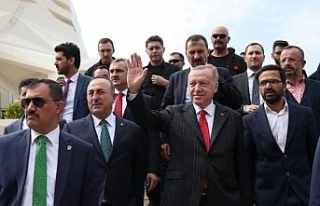 Fotoğraflar // Cumhurbaşkanı Erdoğan Cuma namazını...