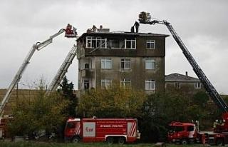 (Geniş haber) Tuzla'da 5 katlı binada yangın...