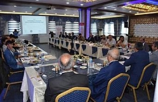 Kırıkkale'de 17 okul müdürüne 'toplantıya...