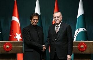 Pakistan'dan destek telefonu