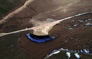 12 bin yıllık Dipsiz Göl'ü kurutanlar ortaya...