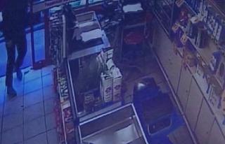 Bursa'da marketteki hırsızın kimliği şok etti