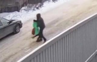 Küçük kızı, lise öğrencisi kurtardı