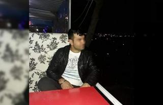 İzmir'de bir çocuk annesi genç kadın eşi...