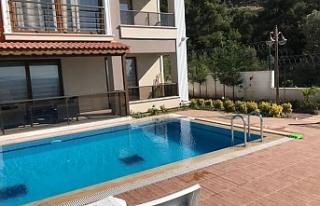 Gemlik/Kurşunlu'da 102 m² dubleks villa icradan...
