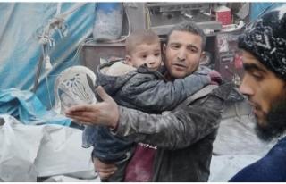 İdlib'te pazar yerine hava saldırısı