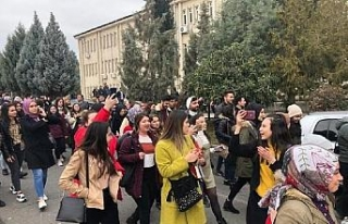 KSÜ'lü öğrencilerden 'riskli bina'...