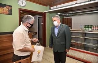 Hijyen paketleri Başkan Salman'dan