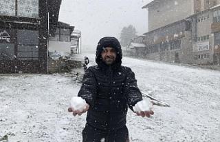 Uludağ'a böyle kar yağdı!