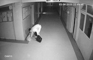 Avcılar'da ilkokuldan bilgisayar hırsızlığı...