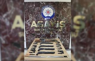 Elazığ'da çeşitli suçlardan aranan 18 kişi,...