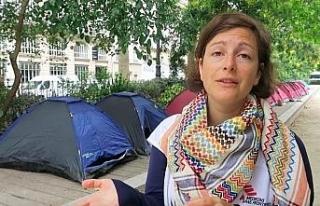 Paris'te göçmen çocuklar için 100 çadırlık...