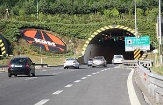 Bolu'da bayram tatili dönüşü TEM'de trafik...