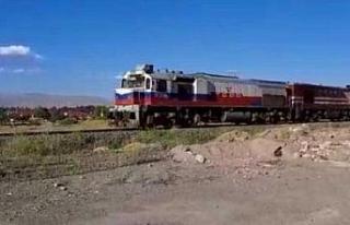 Çin'den yola çıkan 1056 metrelik yük treni Kocaeli'ye...