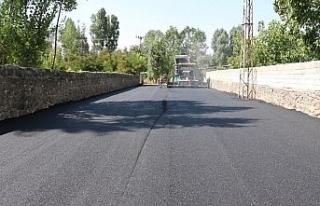 Erciş'te yollar BSK asfaltla kaplanıyor