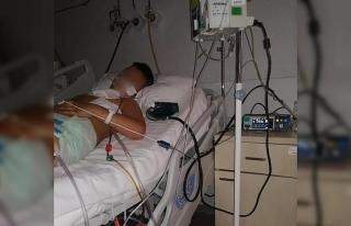 Yeğeninin vurduğu Eren'i hastanede ziyaret eden...