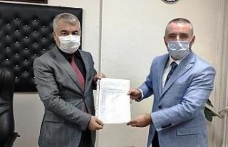 AK parti Kütahya Merkez İlçe Başkan Fatih Oruç,...
