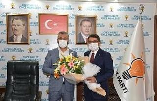 AK Parti'li iki başkandan birliktelik mesajı