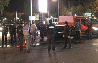 Ankara'da kadın sürücü ortalığı birbirine...