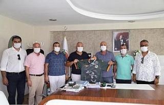 Başkan Şahin'den Çavuşoğlu'na tebrik ziyareti