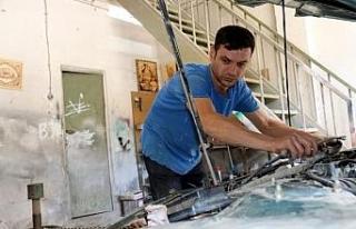 Bitlis'in ressam kaportacısı