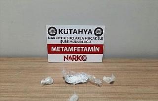 Kütahya'da bir şüpheli 30 gram uyuşturucuyla...