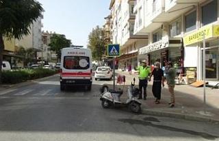 Manavgat'ta otomobil ile motosiklet çarpıştı:...