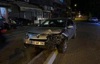 Otomobile çarpıp kaçan sürücü yeniden kaza yapınca...