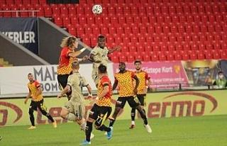Süper Lig: Göztepe: 0 - Fenerbahçe: 0 (Maç devam...