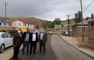 Taşlıyurt ve Yeniköy'ün yolları asfaltlanıyor