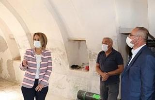 Vali Becel, Kadıncık Ana evinin restorasyonunu inceledi