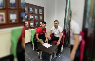 Yalovaspor transferin son gününde 2 isimle anlaştı