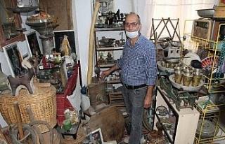 41 yıllık merakı evini müzeye dönüştürdü