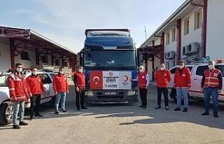 Adana'dan İzmir'e tır dolusu kuru gıda